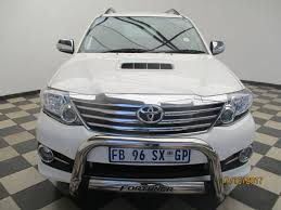 toyota fortuner used toyota fortuner 2 5d 4d rb a t for sale