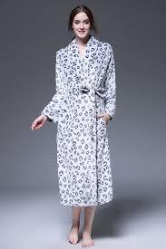 robe de chambre leopard 2017 léopard flanelle peignoirs hiver pyjamas pour adulte robes de