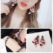 korean earings ulzzang korean earrings pink design preloved women s fashion