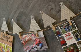 diy christmas card display moms without answers