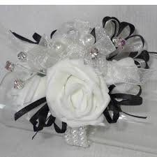Black And White Corsage The Floral Touch Uk Com Wrist Corsages Prom Corsage Wrist