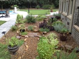 gravel flower bed gravel river rock clic rock stone yard 15 ideas