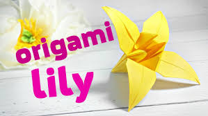 Origami Modular Flower - easy modular origami lily for children kids origami lily flower