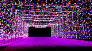 top 10 christmas light displays in us 7 best places to see christmas lights in the usa cnn travel