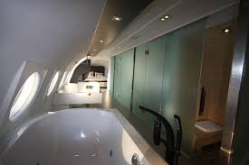 Bathroom Bathroom With Jacuzzi And Airplane Suite Hotel Suites Nl