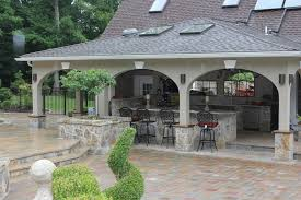 20 Outdoor Kitchen Design Ideas And Pictures by Patio Kitchen Ideas Bev Beverly Patios Outdoor Bars Firepits