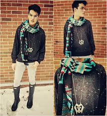 vinny owen urban outfitters santa fe scarf thrifted sweater