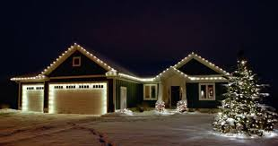 hanging christmas lights hanging christmas lights in portland tips for keeping your display