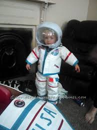 Astronaut Costume Diy Toddler Astronaut Costume And Space Ship