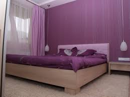 good plum coloured bedroom design ideas with plum wallpaper design