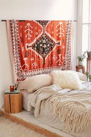 Design Your Dream Room How To Decorate Your Bedroom On A Budget Teen Vogue