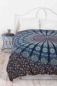 blue green paisley bedding open travel