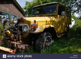 jeep christmas wreath old toyota truck stock photos u0026 old toyota truck stock images alamy
