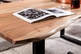 Esszimmertisch Naturkante Sam Stilvoller Esszimmertisch Imker Aus Akazie Holz