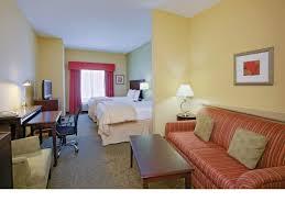 la quinta 2 bedroom suites room features la quinta inn suites richmond kings dominion