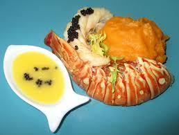 cuisiner des queues de langouste queue de langouste patate douce et caviar