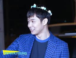 k pop u0027s flower boys idols wearing flower crowns u2022 kpopmap
