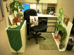 simple christmas decorating for office christmas decorations