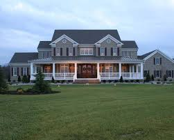 Modern Traditional House Best 25 Traditional Exterior Ideas On Pinterest Home Exterior