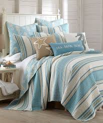 Fish Themed Comforters 27 Refreshing Coastal Bedroom Designs Beach Bed Bedrooms And Beach