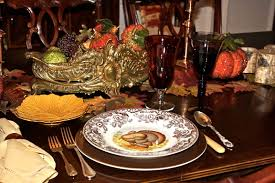 innovative small thanksgiving tablescapes design ideas showing