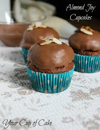 30 appetizing nut cupcakes