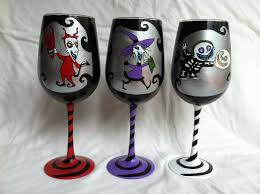 halloween wine glasses the geeky nutcase geektastic thursday the nightmare before christmas