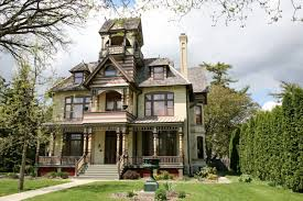 7 real haunted houses for sale