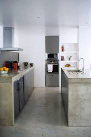 cuisine en beton beton sur carrelage cuisine 58266 4823637 lzzy co