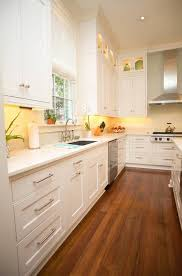 interior kitchen colors best 25 popular kitchen colors ideas on cabinets