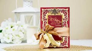 make a classic christmas card with spellbinders amazing paper
