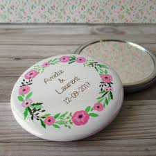 cadeau de mariage personnalis miroir de poche personnalisé cadeau invitées mariage