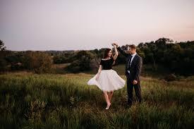 Photographers In Omaha Ne Sunset Engagement Session Omaha Wedding Photographer