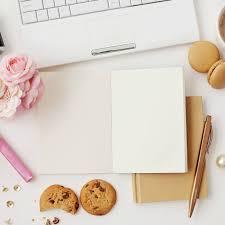 Schreibtisch Unter 100 Euro Büro Job Das Passiert Wenn Du Den Ganzen Tag Am Schreibtisch Sitzt