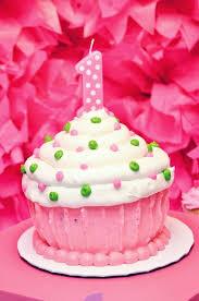 cupcake birthday cake best 25 cupcake birthday cakes ideas on amazing