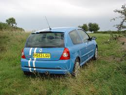 renault hatchback from the 1980s renault clio renaultsport review 2001 2005 parkers