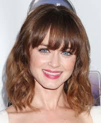 cute haircut with bangs for medium hair cute shoulder length