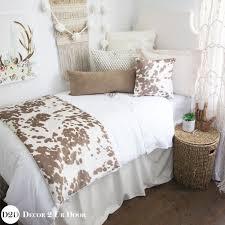 Simple Comforter Sets Best 25 Dorm Bedding Sets Ideas On Pinterest College Bedding