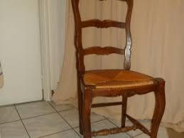 chaise en bois et paille repeindre une chaise en bois chaise bois et paille relooker