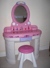 little tikes vanity table vani shop step 2 fantasy vanity head over and score step2 only 45 74