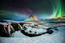 places you can see the northern lights save money on a trip to iceland to see the northern lights