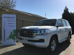land cruiser toyota toyota land cruiser 200 gxr8 automatic new export to africa