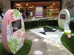 Easter Decorations For Shopping Malls by 73 Best Seasonal Decor Images On Pinterest Window Displays