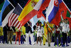 Ceremony Flag Simone Biles Serves As U S U0027 Closing Ceremony Flag Bearer Wcbd