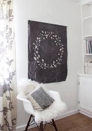 www apartmenttherapy com diy batik floral wall hanging floral wall apartment therapy and