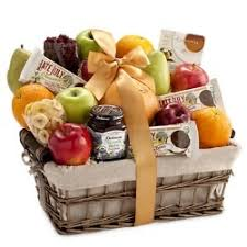 organic fruit basket 58 best fruit baskets images on basket of fruit