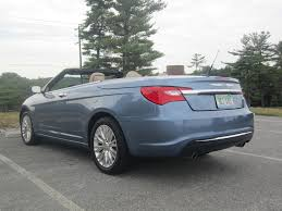 hardtop convertible cars review 2011 chrysler 200 limited hardtop convertible autosavant