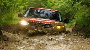 land rover mud bbc autos the new range rover sport going beyond con brio