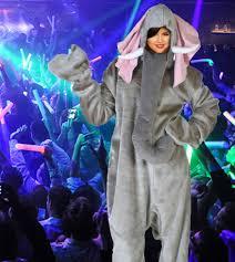 Halloween Costumes Elephant Selena Gomez Shocks Tasteless Costume Annual