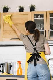 how to clean tough grease on kitchen cabinets how to clean sticky grease kitchen cabinets kitchen